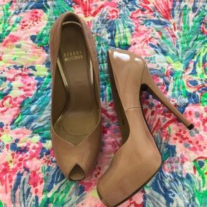 Stuart Weitzman size 8 shoe